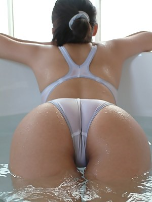 Japanese Big Ass Porn Pictures