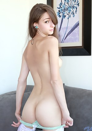Young Big Ass Porn Pictures